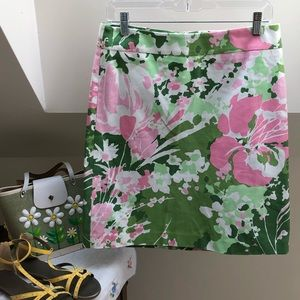 🌸TALBOTS 6P pink floral pencil skirt.